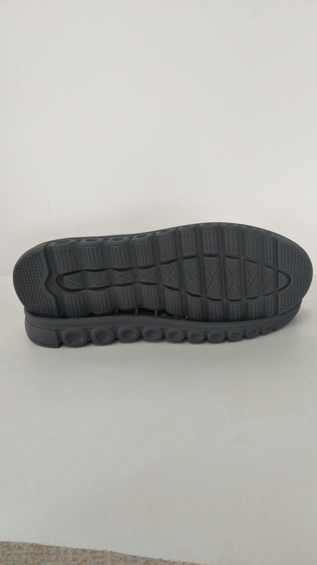 鞋底 橡胶 男段 女段 运动鞋 慢跑鞋 休闲鞋 老人健康鞋 单色 双色 35 36 37 38 39 40 41 42 43 44 45 一体 橡胶